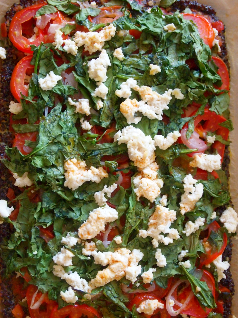 The base of this protein-rich pizza is made with quinoa and egg. It's gluten-free, vegetarian, healthy, and delicious.